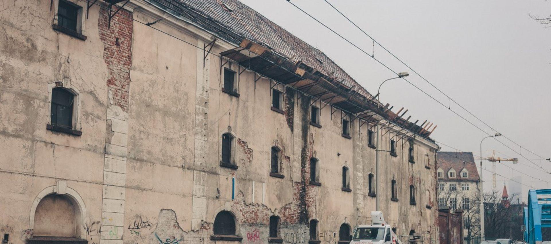 [Wrocław] I2 Development sprzeda zabytkowy spichlerz przy Księcia Witolda za prawie 40 mln złotych