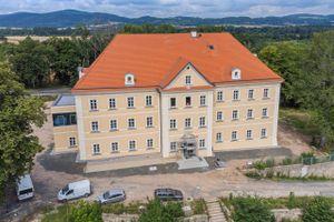 Zakończył się remont zabytkowego pałacu w Sobieszowie [FILM]