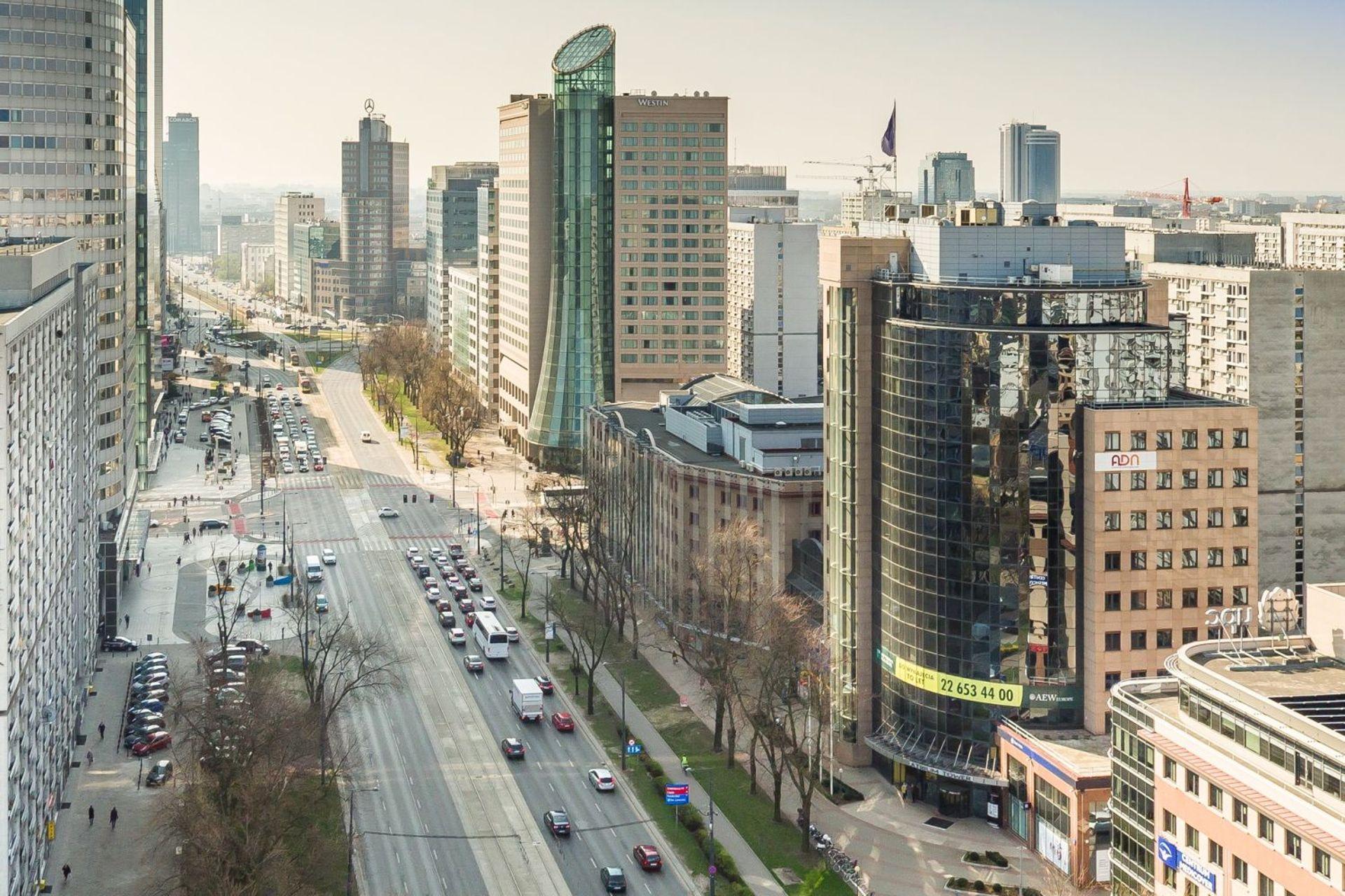 [Warszawa] Biurowiec Atrium Tower w Warszawie sprzedany