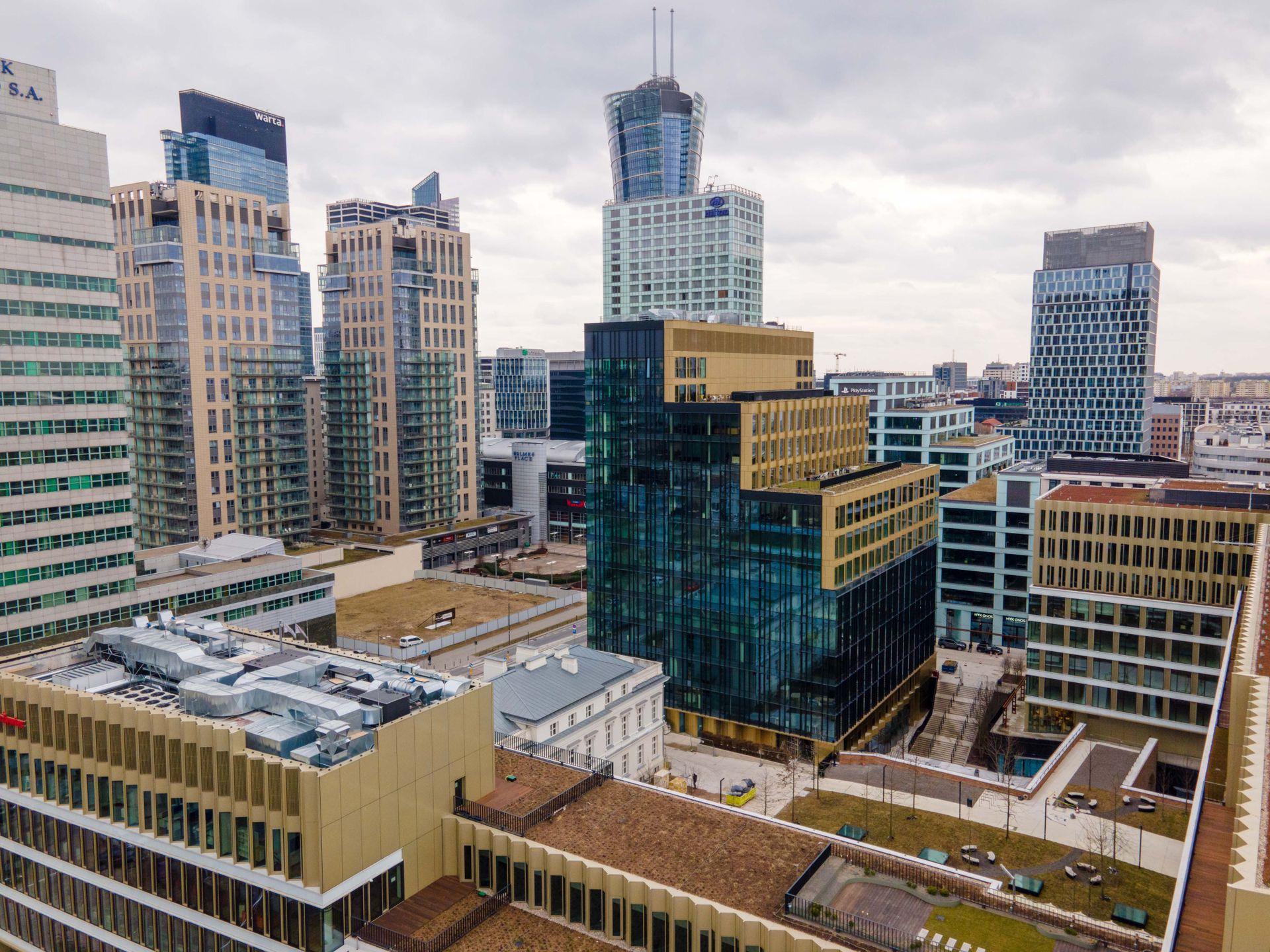 Citibank zwiększa zatrudnienie i wynajmuje powierzchnię biurową w Browarach Warszawskich