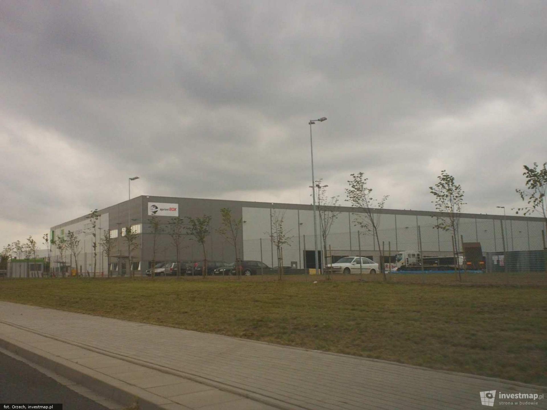 [Wrocław] SprintBOX inwestuje we Wrocławiu. Wynajmuje 10 000 mkw. pow. magazynowej na Oporowie